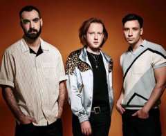 EXPRESSO : TWO DOOR CINEMA CLUB