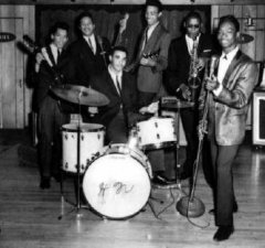 REPRISE : JOHNNY JONES AND THE KING CASUALS / JIMI HENDRIX